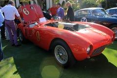 Weinlese-Ferrari-Rennläuferrückseite Stockfoto