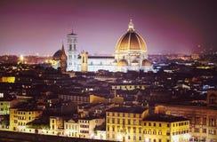 Weinlese filterte Bild von Florenz nachts, Italien Lizenzfreies Stockfoto