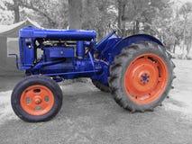 Weinlese Fordson Traktor Lizenzfreie Stockbilder