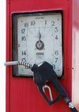 Weinlese-Gas-Pumpe lizenzfreie stockfotografie