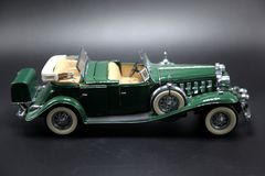 Weinlese-grünes Sport-Auto-Modell Stockbild