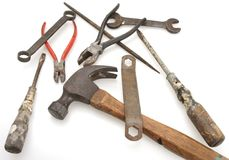 Weinlese-Hammer und Werkzeuge stockfotos