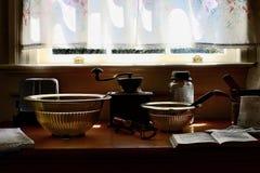 Weinlese-Küchen-Ausrüstung Lizenzfreie Stockbilder