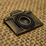 Weinlese-Kamera-Emblem lizenzfreies stockbild