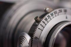 Weinlese-Kameraverschluss-Anpassungs-Nahaufnahme Stockbilder