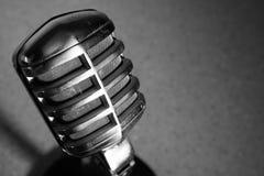 Weinlese-Kohlenstoff-Mikrofon Stockbild