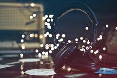 Weinlese-Kopfhörer u. Sätze Lizenzfreie Stockbilder