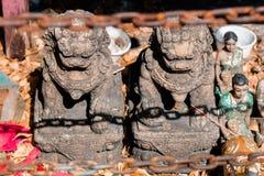 Weinlese Löwe auf Hintergrund, Thailand-Amulett stockfoto