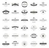 Weinlese-Logo-Design-Schablonen eingestellt Stockfotografie