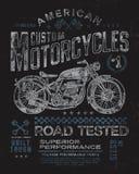 Weinlese-Motorrad-T-Shirt Grafik Lizenzfreie Stockfotos