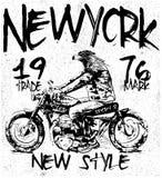 Weinlese-Motorrad-T-Shirt Grafik Stockfotos