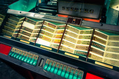 Weinlese-Musikautomat Lizenzfreie Stockfotografie