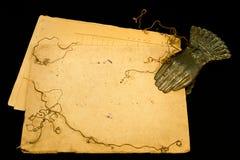 Weinlese Papier und Clothespin Stockfotografie
