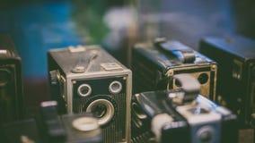 Weinlese-Polaroid-Verschluss-Kamera-Fotos stockbild