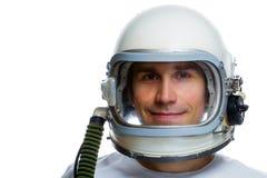 Weinlese-Raumsturzhelm des jungen Mannes tragender Stockfoto