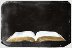 Weinlese-Retro- Fotografie einer Bibel Lizenzfreie Stockfotografie