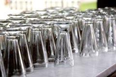 Weinlese-Soda-Brunnen-Gläser Lizenzfreie Stockfotos