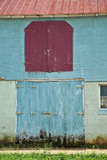 Weinlese-Stall-Türen Stockfotos