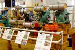 Weinlese-stationäre Bauernhof-Motoren stockbild