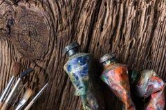 Weinlese stilisierte Foto Ölder mehrfarbenfarben-Rohrnahaufnahme und Lizenzfreies Stockfoto