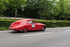 Weinlese Supercar beim Sammlungslaufen Lizenzfreie Stockbilder