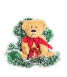 Weinlese-Teddybär über Weihnachtsdekoration Stockbild