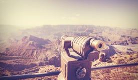 Weinlese tonte Teleskop bei Grand Canyon, Reisekonzept Lizenzfreies Stockfoto