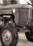 Weinlese-Traktor Stockfotografie