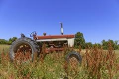 Weinlese-Traktor-Finger Seen Lizenzfreies Stockfoto