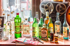Weinlese UDSSR-Alkoholgetränke lizenzfreies stockbild