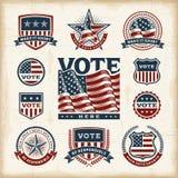 Weinlese USA-Wahlaufkleber und -ausweise eingestellt Stockfotografie