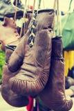 Weinlese-Verpacken-Handschuhe Stockfoto