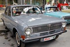 Weinlese Volga GAZ-24 Motor- Archivbild Lizenzfreie Stockbilder