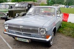 Weinlese Volga GAZ-24 Motor- Archivbild Stockbild