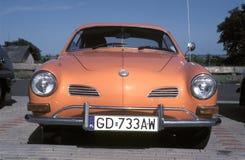 Weinlese Volkswagen parkte Stockfotos