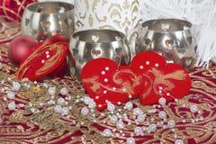 Weinlese-Weihnachtstabellendekor mit Perle Stockfoto