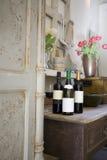 Weinlese-Wein-Probieren Stockfoto