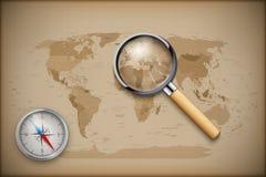 Weinlese-Weltkarte mit vergrößern und umgehen Lizenzfreie Stockfotografie