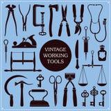 Weinlese-Werkzeuge und Instrumente vektor abbildung