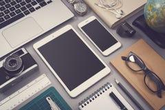 Weinleseart entgegenkommendes webdesign Modell Lizenzfreie Stockfotografie