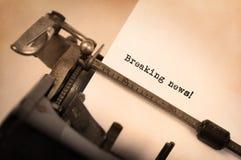 Weinleseaufschrift gemacht durch alte Schreibmaschine Lizenzfreies Stockfoto