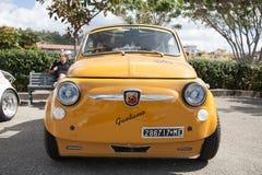 Weinleseauto Fiat 500 Abarth Stockbild