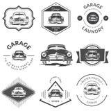 Weinleseautokennzeichen - klassische Garage Stockfotografie