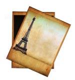 Weinlesebild des Eiffelturms lokalisiert auf Weiß Stockfotos