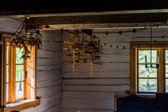 Weinleseblockhausinnenraum Stockbilder
