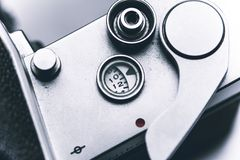 Weinleseentfernungsmesserkamera getrennt über Weiß stockbild