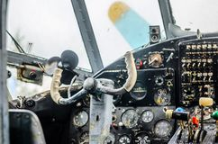Weinleseflugzeug-Cockpitinnenraum Lizenzfreies Stockfoto