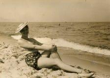 Weinlesefoto der Frau Stockbild