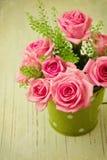 Weinlesefoto des rosafarbenen Blumenblumenstraußes Stockfotografie