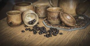 Weinlesefoto von den Kaffeebohnen und von Kaffeetassen eingestellt Lizenzfreies Stockfoto